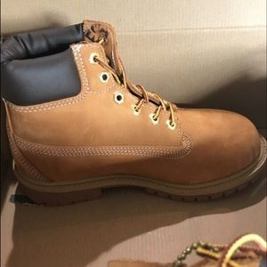 Timberlands  youth size 3
